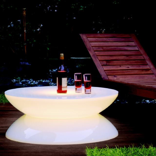 Lounge leucht tisch outdoor led for Lounge tisch